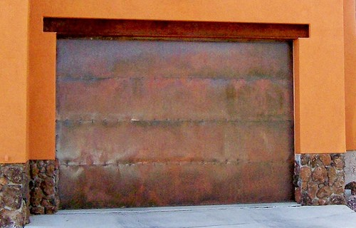 jo91150-flckr-copper-garage-door